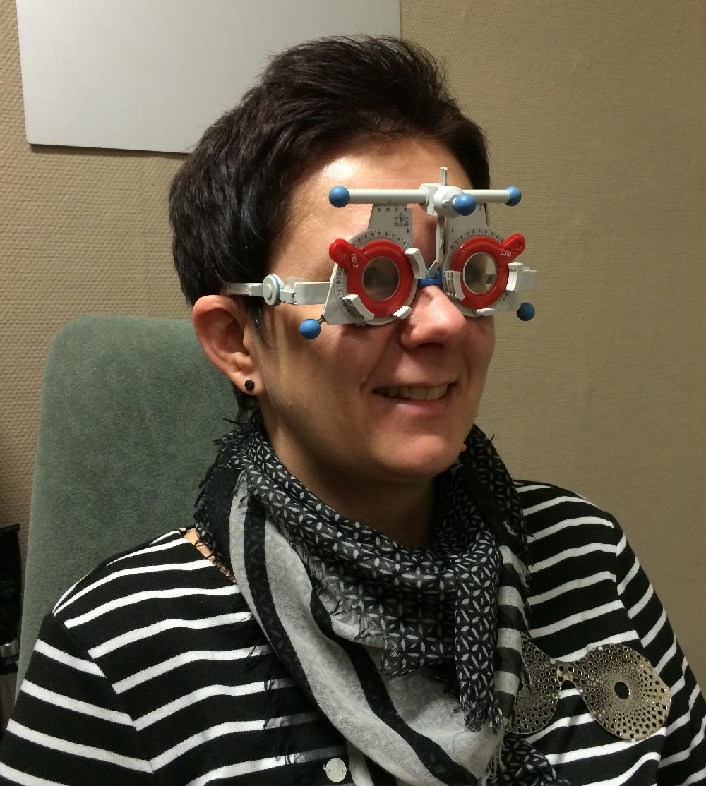 koelasit optikon näontarkastuksessa